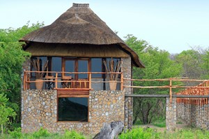 Gwango_Elephant_Lodge005.jpg